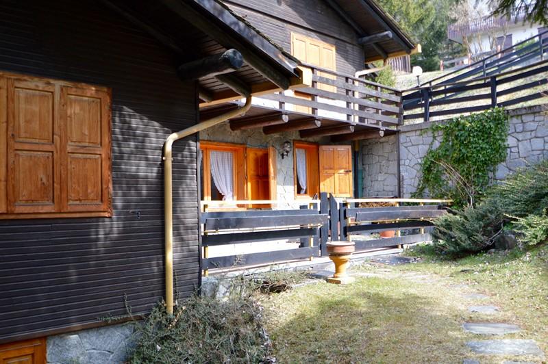 Trilocale arredato e ben rifinito con terrazzo ed accesso diretto al ...
