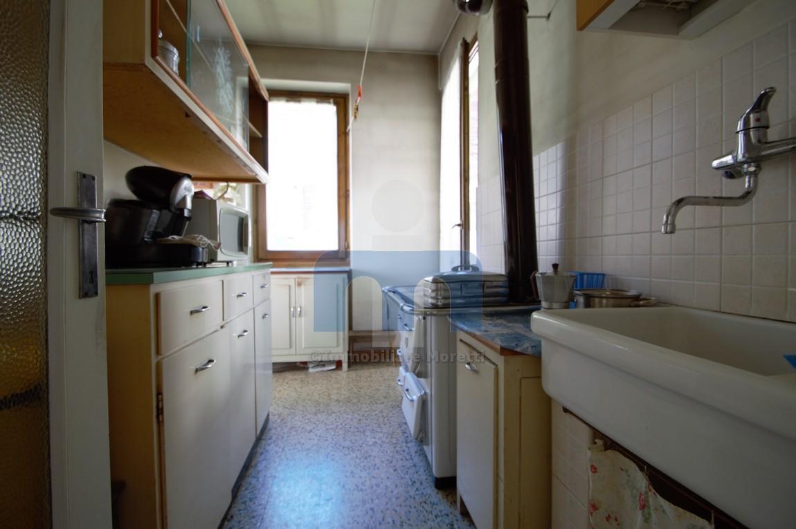 Appartamento di 95 mq da ristrutturare a valfurva for Ristrutturare appartamento 75 mq